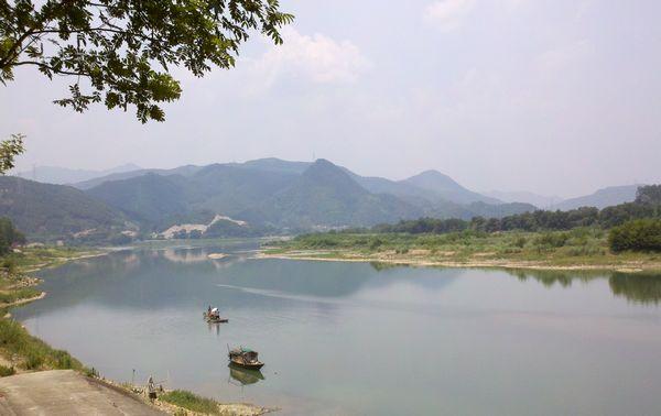 莲都区瓯江漂流乐园