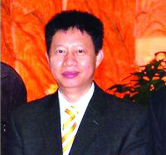起底柳州银行三百亿骗贷案 吴东从杂技学徒到骗贷大亨