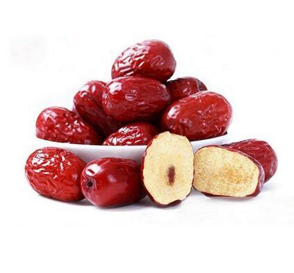 八旬老人吃15颗红枣心脏骤停 这些养生误区别再犯了!