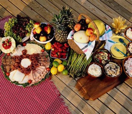 吃得太晚、吃得太快 晚餐六种错误吃法