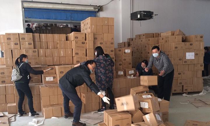 """浙江邮政""""双11""""首日快包收寄量同比增长92%"""