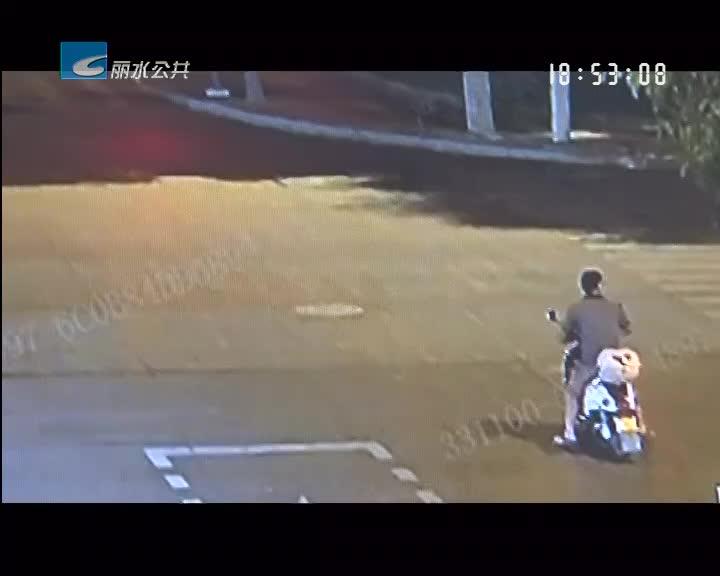 确认过眼神 他就是偷车大盗!